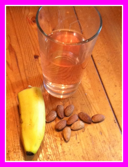 nuun_banana_almonds