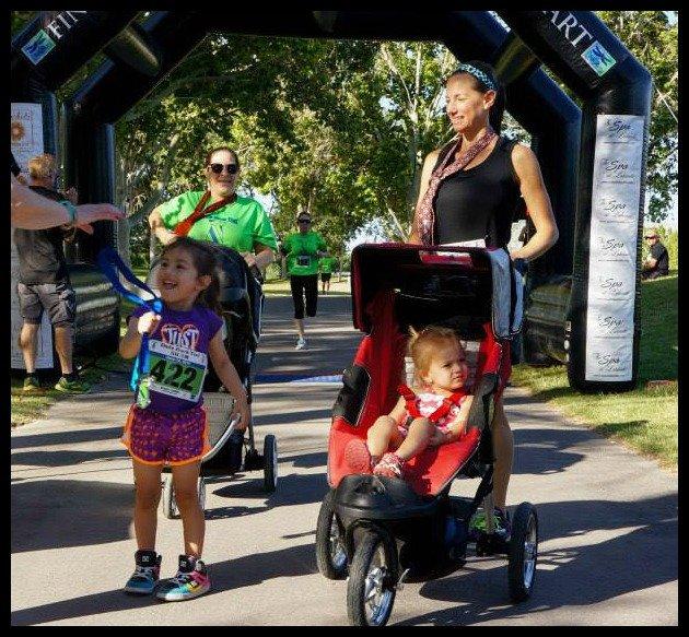 Vegas-runner-mother-dads-rock-too