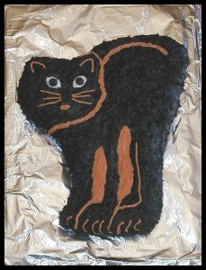 halloween-cat-cake-chocolate
