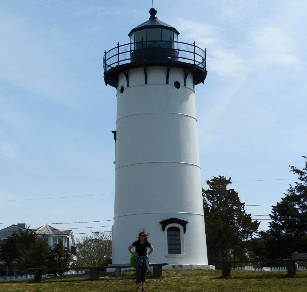 marthas vineyard lighthouse