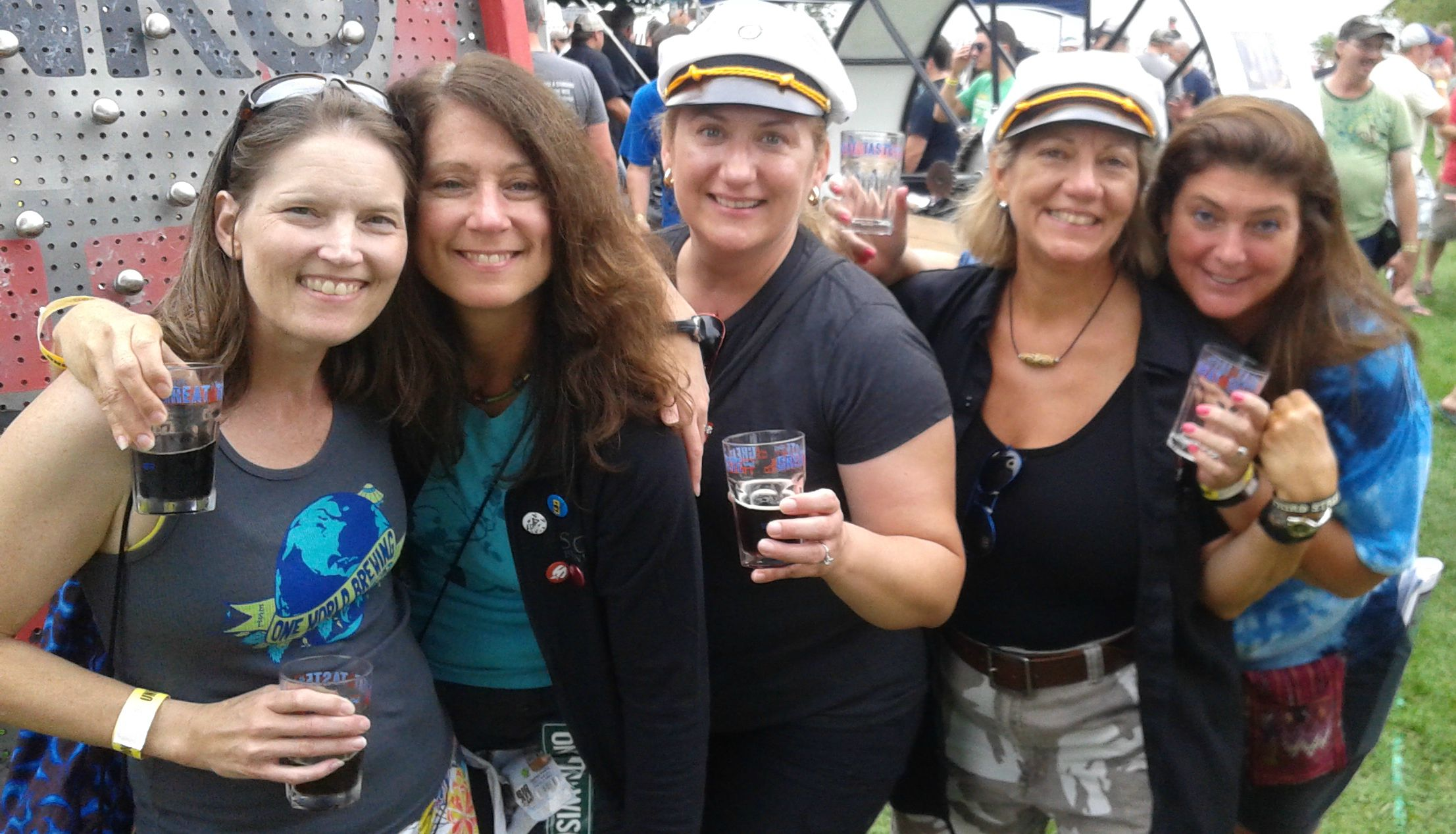 DC beer ladies