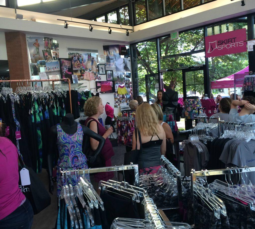 SS13er Skirt Sports store